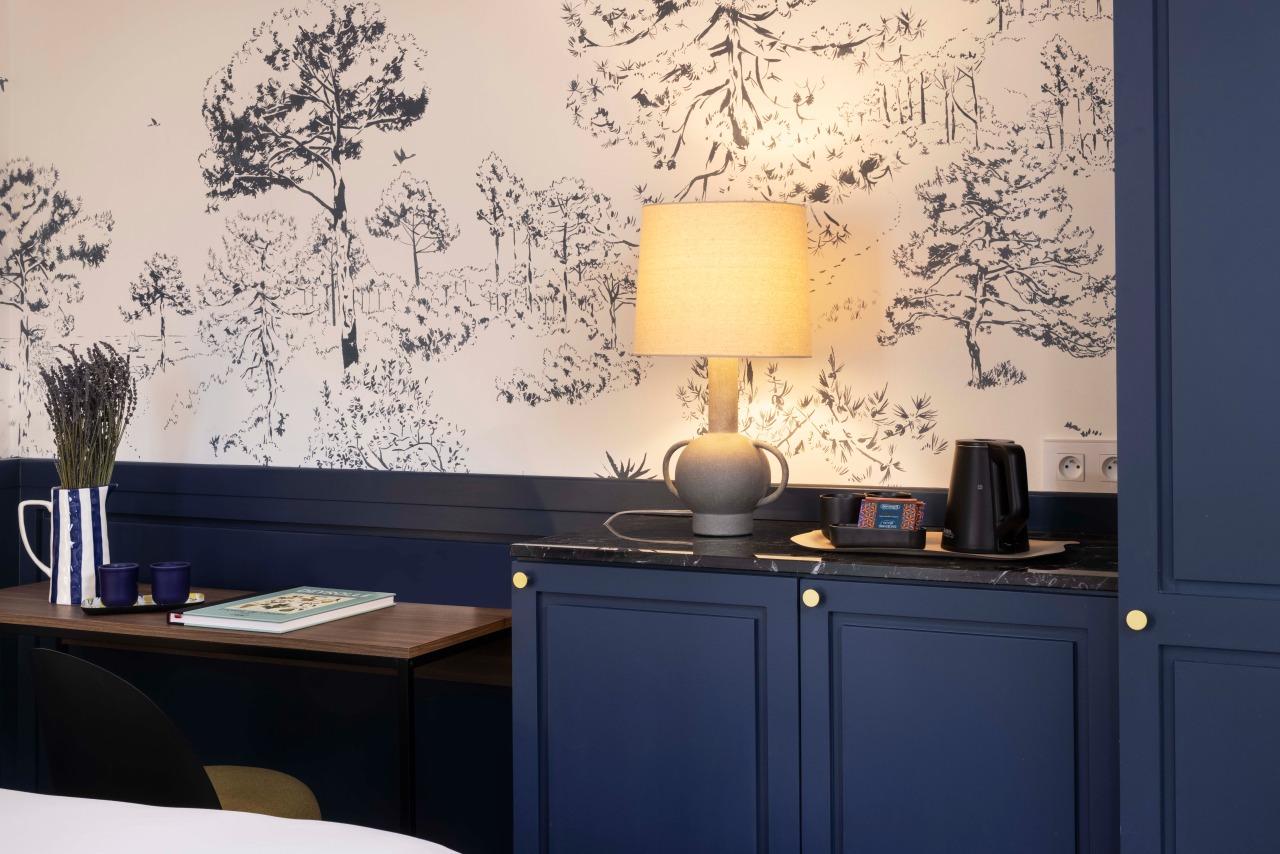 Table - Light - Hotel La Canopee