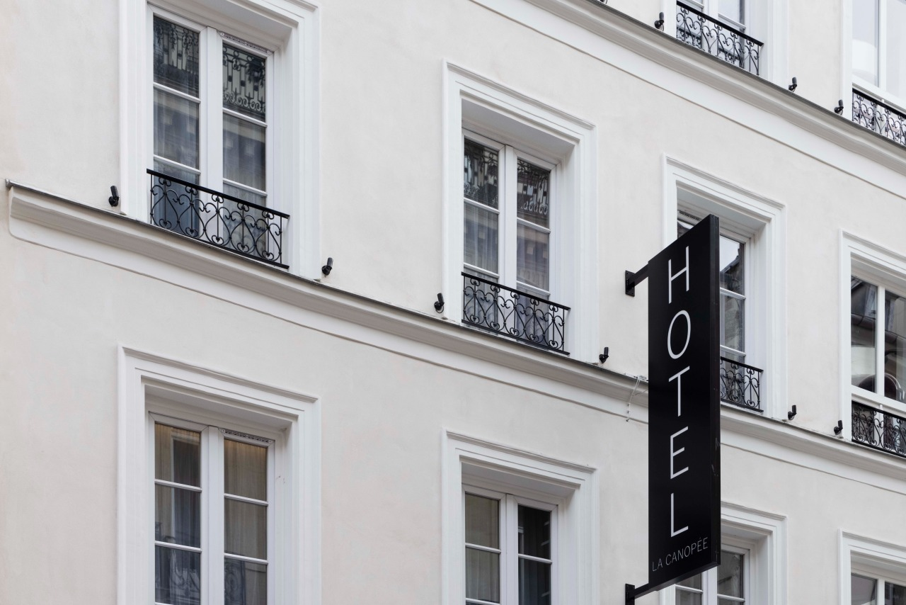 Hotel Side View - Hotel La Canopee